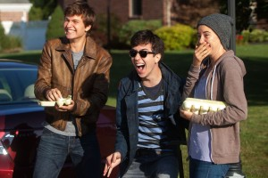 "This image released by 20th Century Fox shows Ansel Elgort, from left, Nat Wolff, and Shailene Woodley appear in a scene from ""The Fault In Our Stars."" (AP Photo/20th Century Fox, James Bridges)"